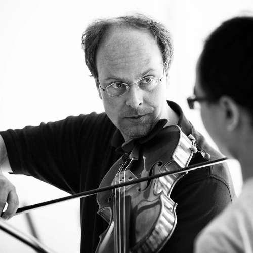 Prof. Hartmut Rohde, teaching (© Josep Molina)